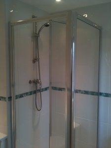 En Suit Shower Room (7)