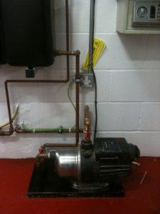 Pumps (4)